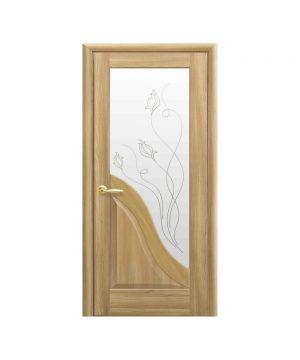 Межкомнатные двери Амата ПВХ DeLuxe золотой дуб со стеклом сатин и рисунком Р1